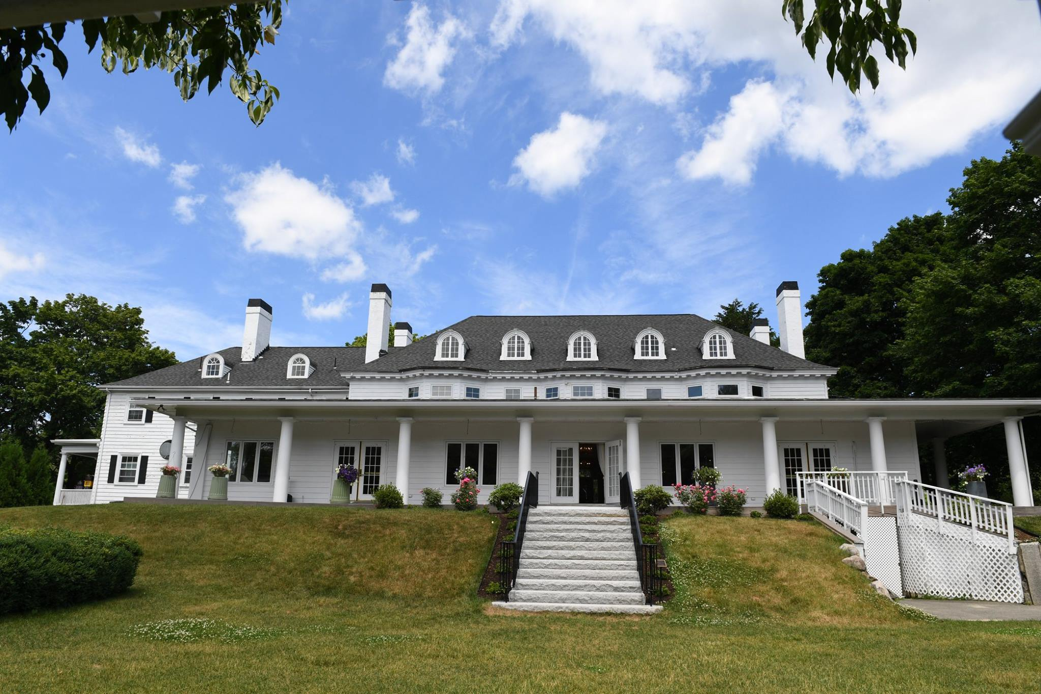 Weddings at The Hellenic Center